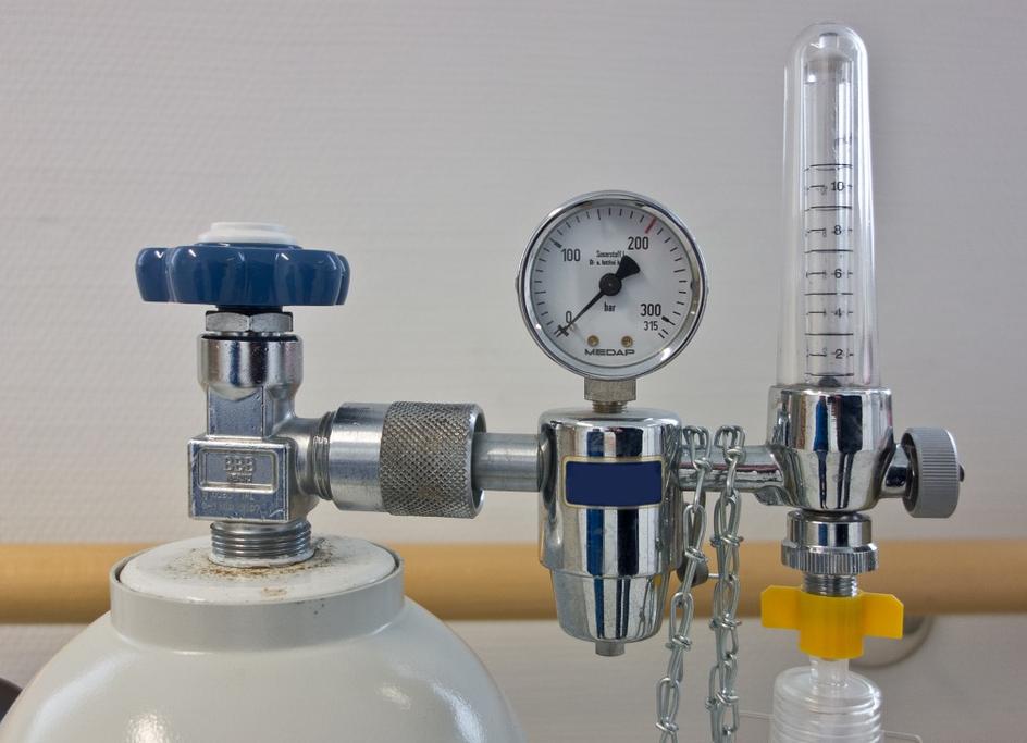 GRACO LD 3:1 pneumatischhe Fasspumpe für Schmieröle, inkl. Stahlsaugrohr passend für 208 Liter Ölfass